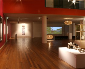 Wagga Wagga Art Gallery Logo and Images