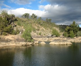 Kambah Pool to Pine Island