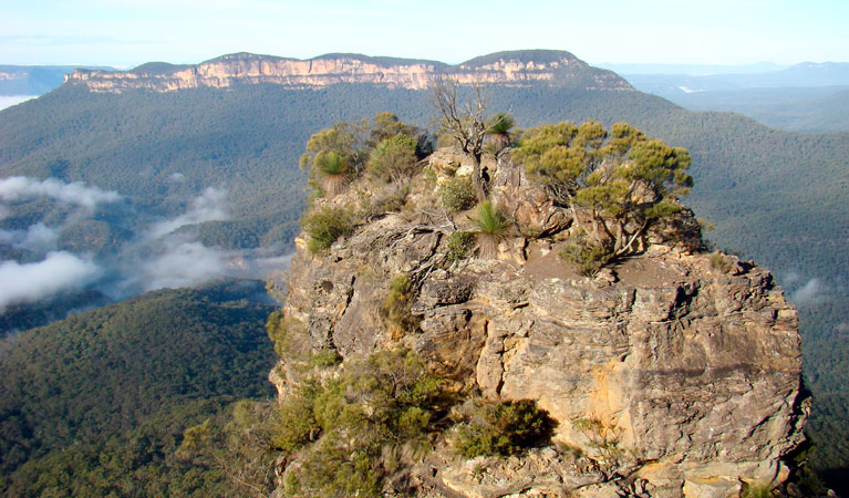 Echo Point lookout (Three Sisters) Logo and Images