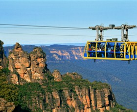 Greater Blue Mountains Drive - Blue Mountains Discovery Trail Logo and Images