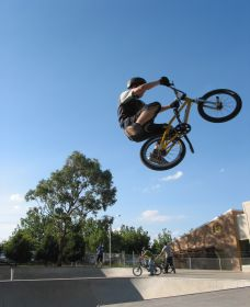 Goulburn Skate Park Logo and Images
