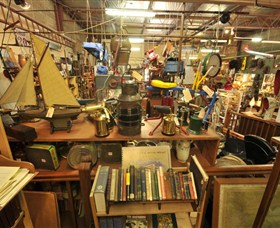 Mittagong Antiques Centre Logo and Images