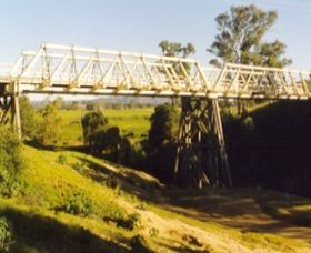 Vacy Bridge over Paterson River Logo and Images