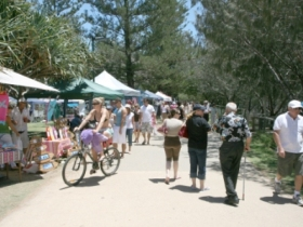 Burleigh Art and Craft Markets