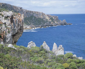 D'Entrecasteaux National Park Logo and Images