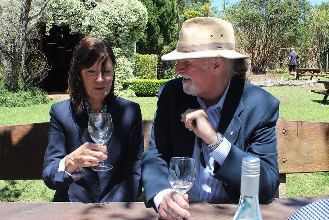 Deluxe Winery Tour to Tamborine Mountain, includes gourmet two course lunch Logo and Images