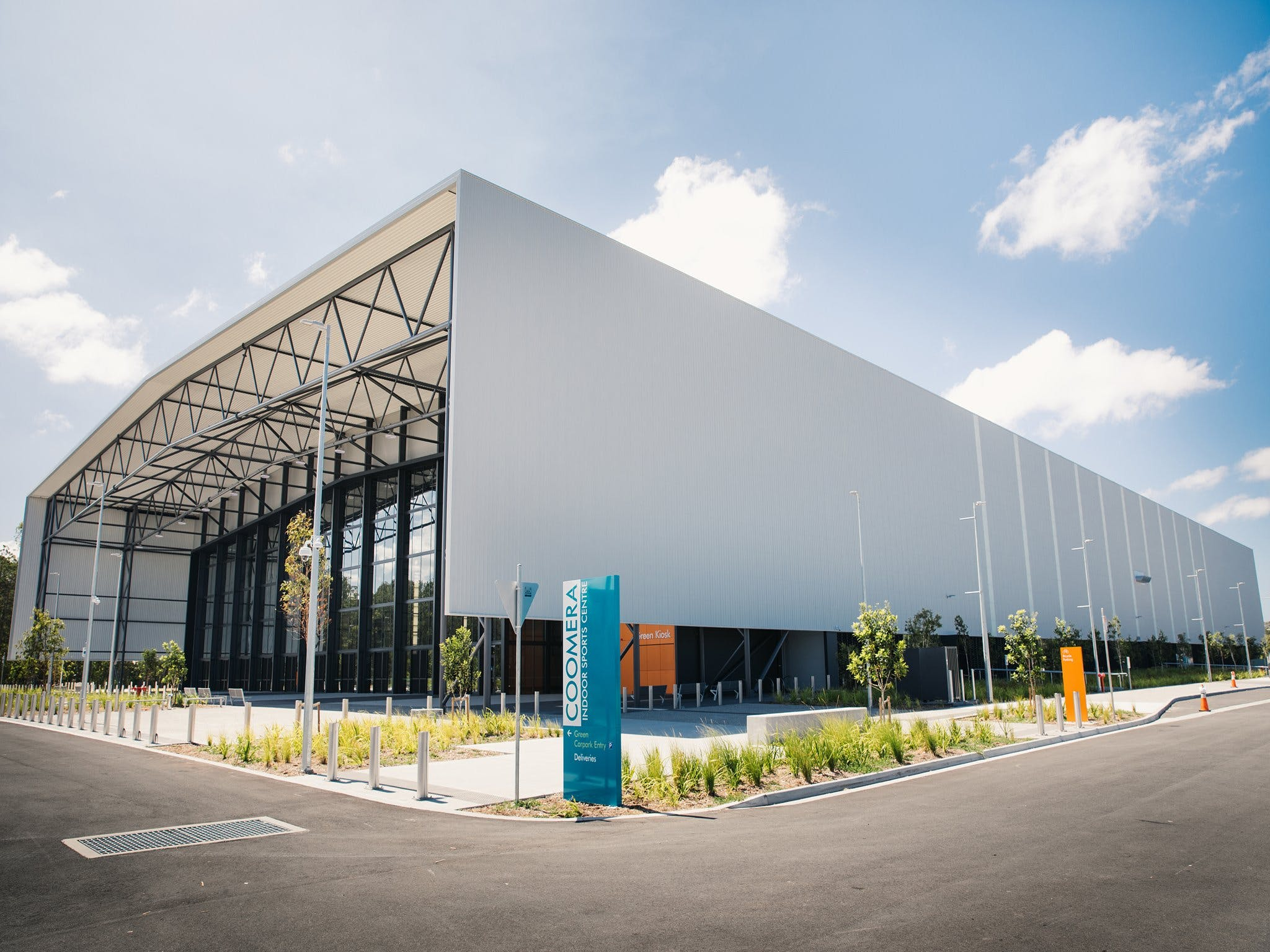 Coomera Indoor Sports Centre Logo and Images