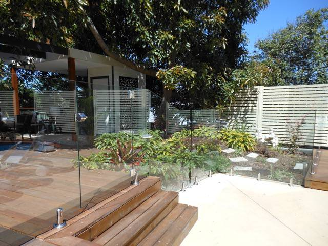 Bayview Home Solutions–Glass & Glaziers