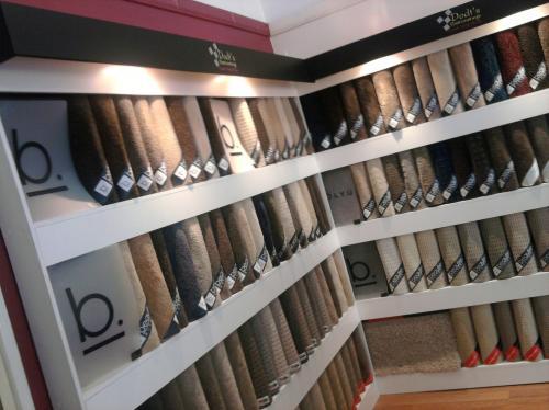 Dodt's Floorcoverings–Carpet Vinyl Blinds