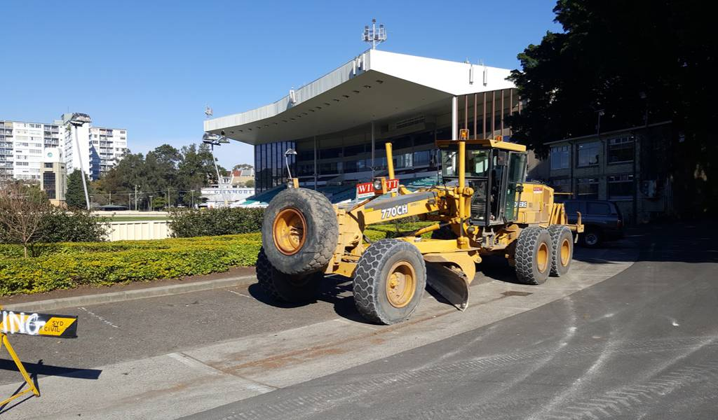 Graham Bryan Earthmoving Services ( GBES)