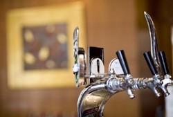 Duxton Hotel - The Lobby Bar