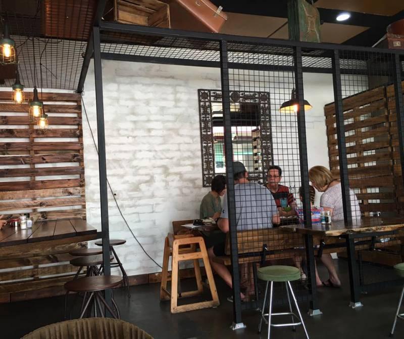 2230 Bar Restaurant Image
