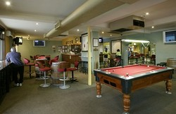 Albion Park Hotel Logo and Images