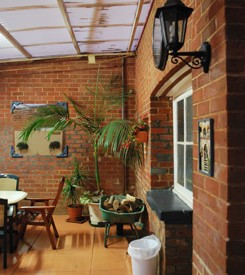 Brookton Club Hotel Logo and Images