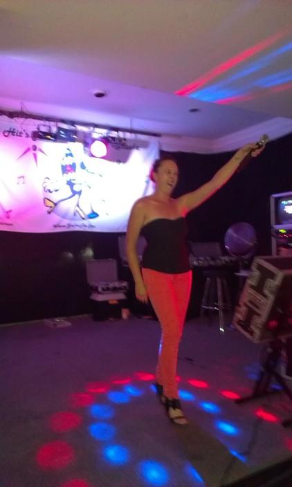 Hits Alive Karaoke & DJ's