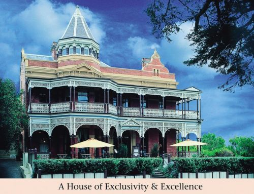 Queenscliff Hotel Logo and Images