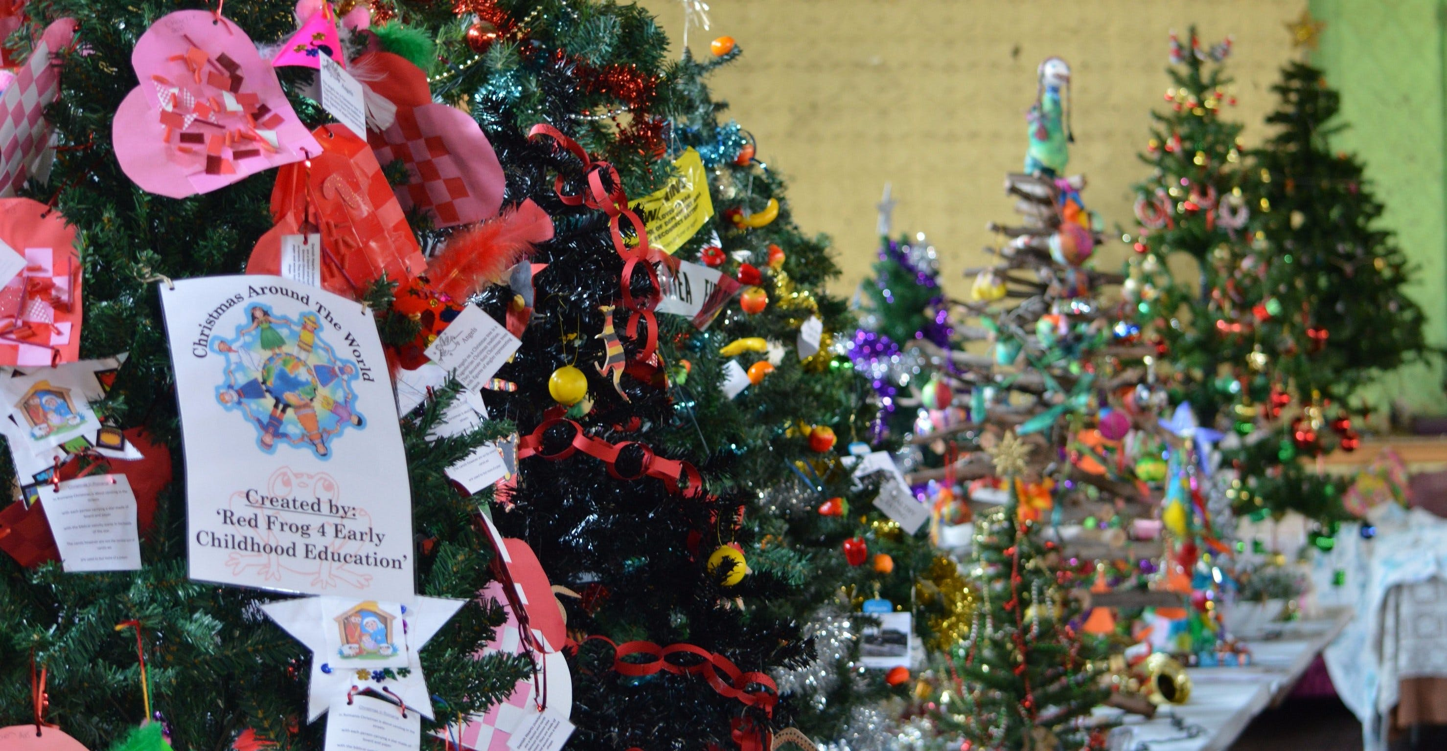Mount Morgan Christmas Tree Festival Logo and Images