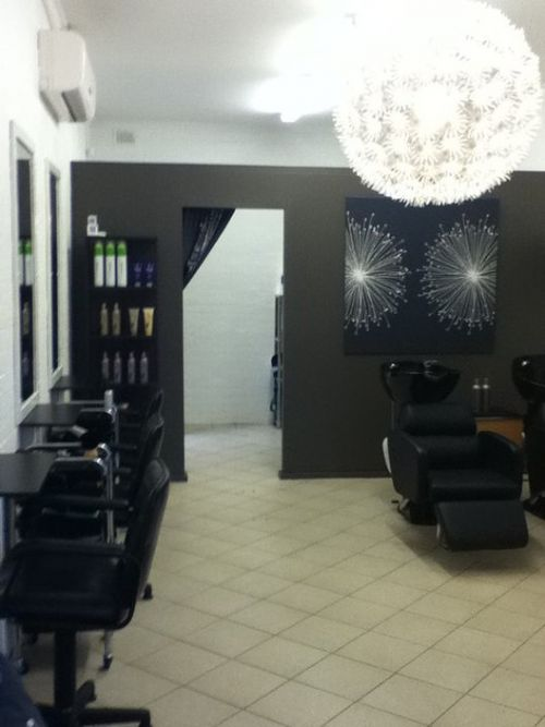 Detox Hair Salon Logo and Images