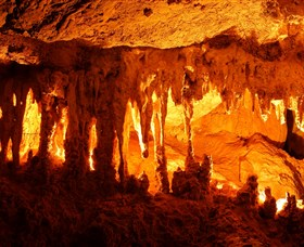 Capricorn Caves Image
