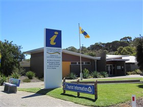 Yankalilla Bay Visitor Information Centre Image