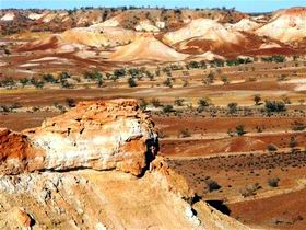 Anna Creek Painted Hills Image