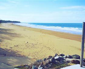 Sarina Beach Image
