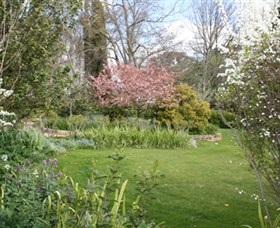 Markdale - Edna Walling Garden Image