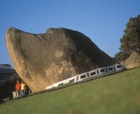 Dog Rock Image