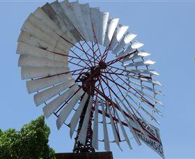 Barcaldine Windmill Image