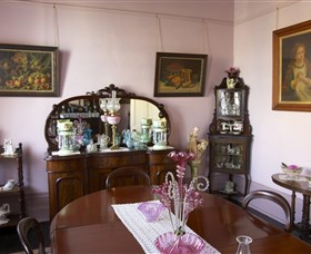 Jerilderie Historic Residence - Historic Home and Gardens Image