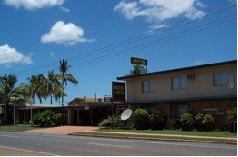 Proserpine Motor Lodge Logo and Images