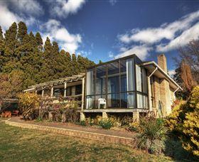 Waterside Accommodation - Derwent Vista