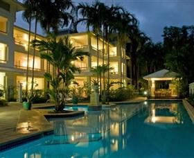 Mandalay Luxury Beachfront Apartments Logo and Images