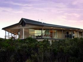Island Beach Lodge