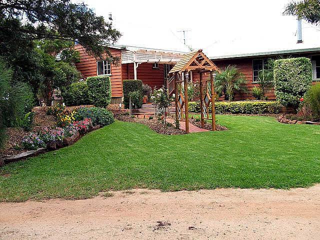 Mulanah Gardens B&B Cottages/Wedding Venue
