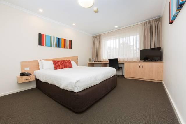 Premier Hotel & Apartments