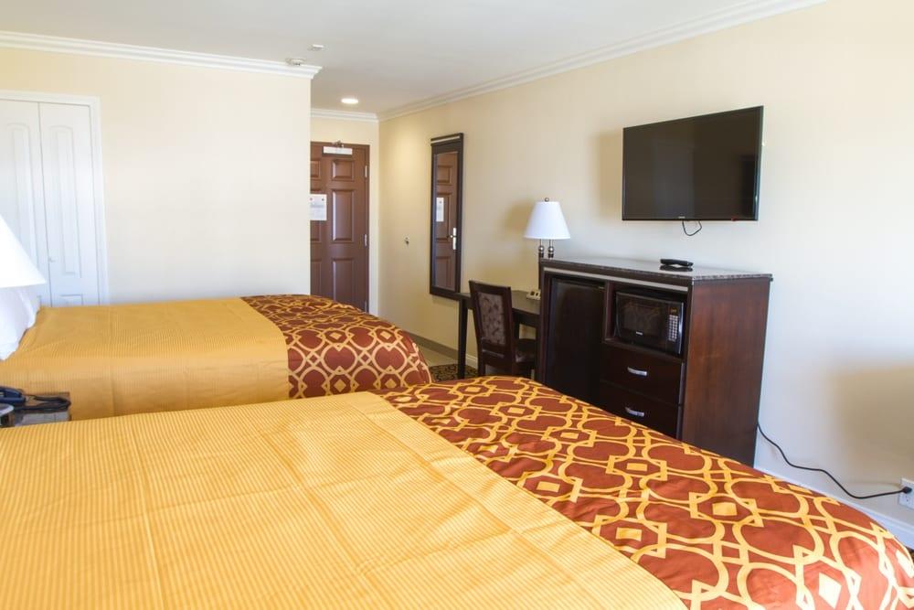 Ocean Surf Inn & Suites