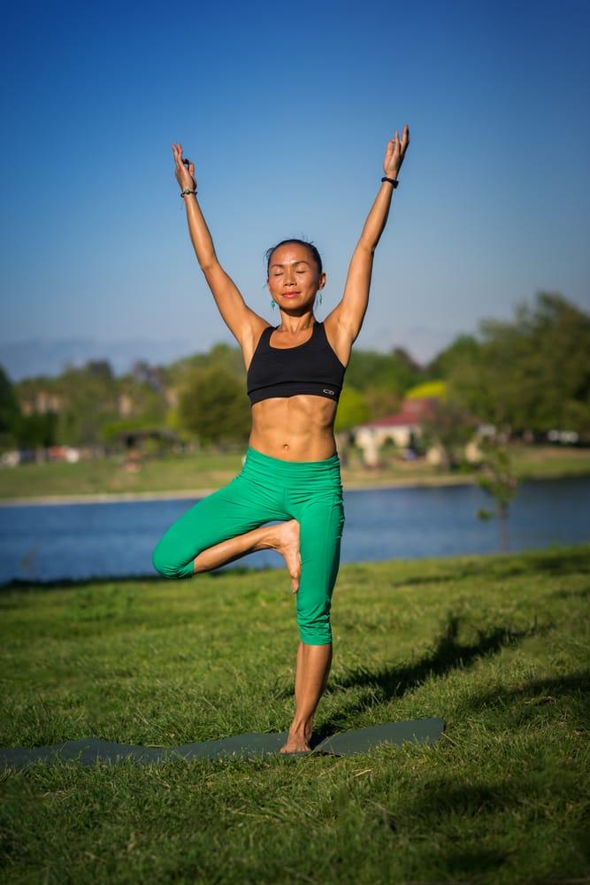 Root 2 Rise Yoga