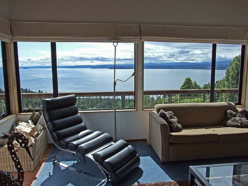 Million Dollar Lake Views - Pukawa Bay Holiday Home