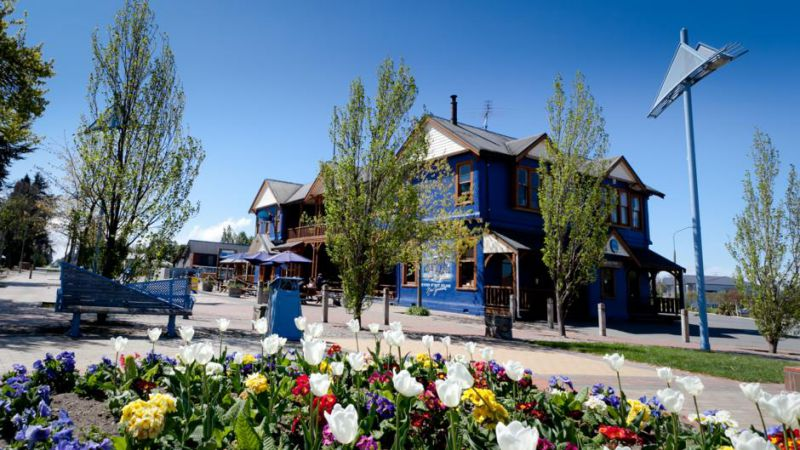 The Blue Pub, Mt Hutt Village - Methven