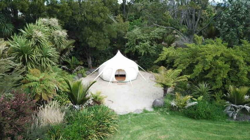 Belle Glamping by the Sea