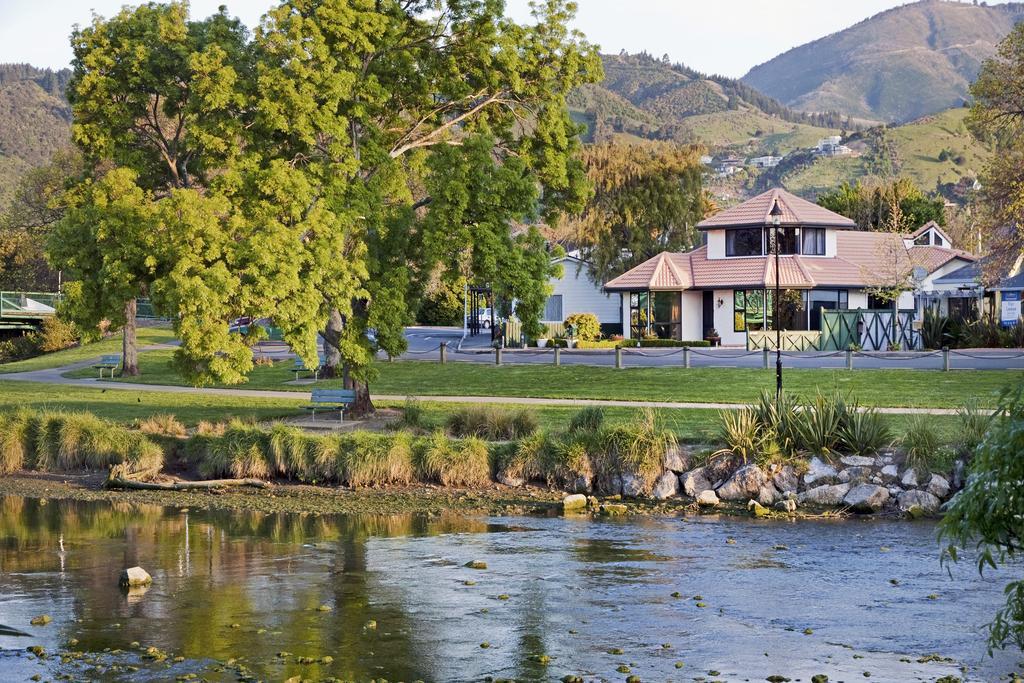 Nelson River Villa