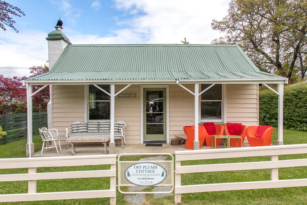 Off Plumb Cottage