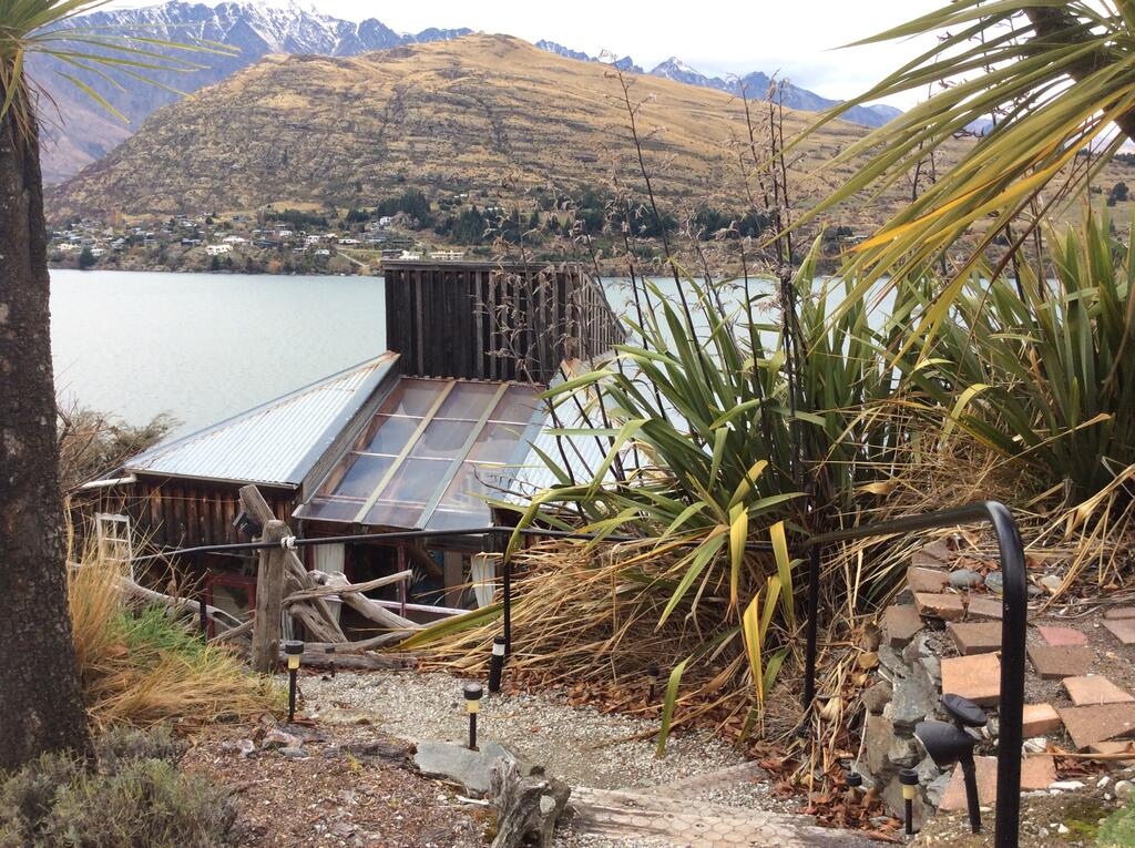 Queenstown Artist Home