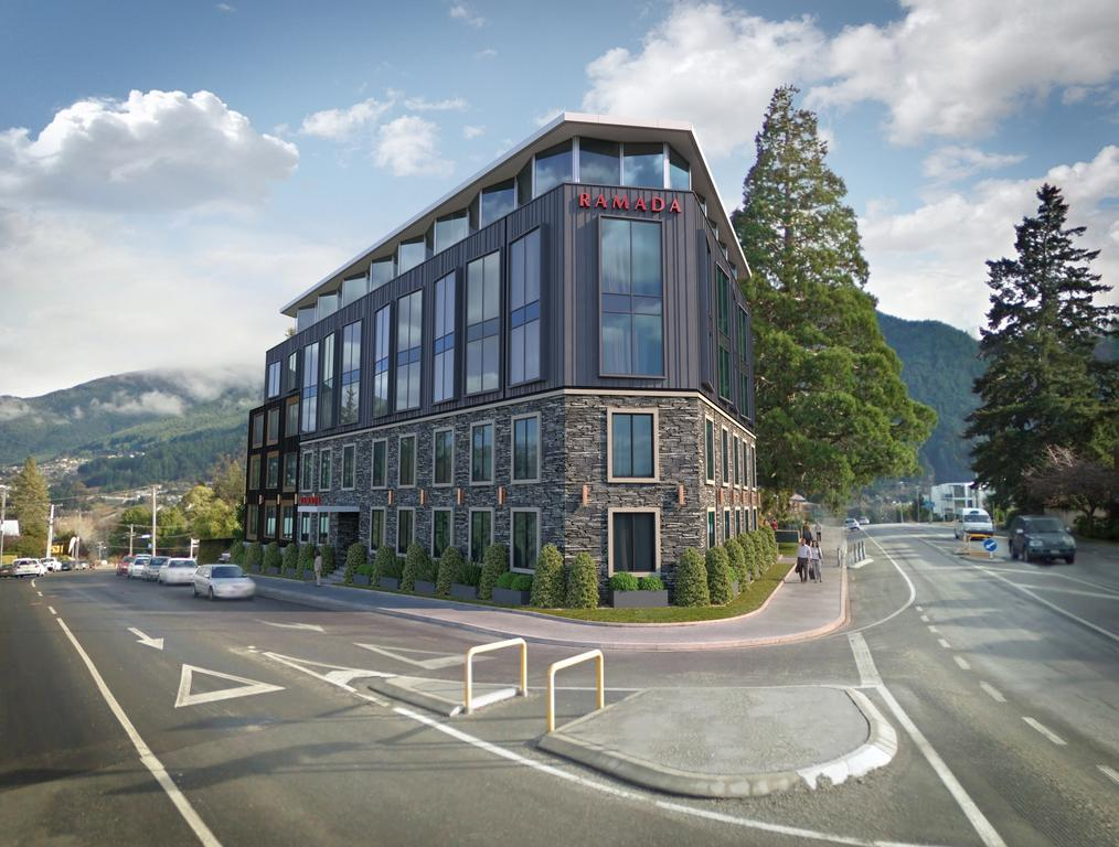 Ramada Queenstown Central