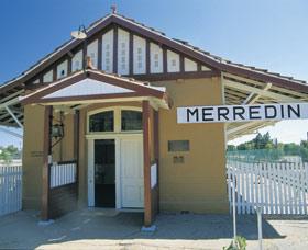 Merredin Railway Museum Logo and Images