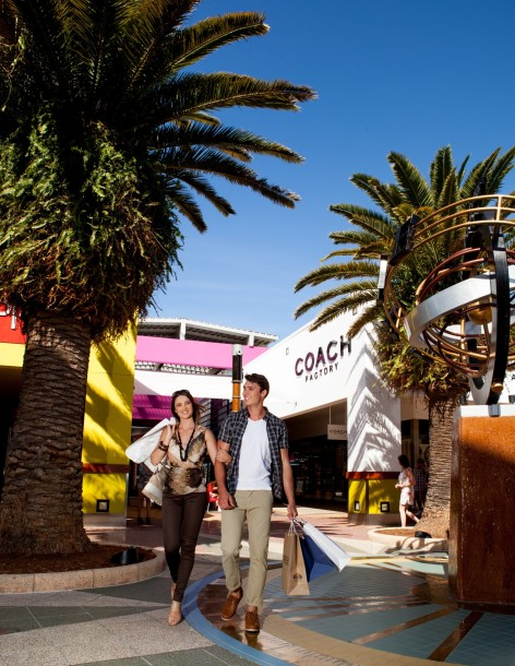 Harbour Town Outlet Shopping Centre Logo and Images