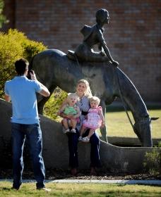 Dorothea Mackellar Memorial Statue