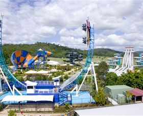 Wet'n'Wild Gold Coast Logo and Images