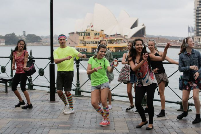 Silent Disco Tours Sydney Logo and Images
